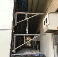 船橋薬園台耐震補強工事(据置先行手摺幅木パネル使用)